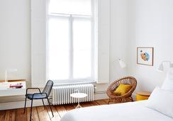 Hotel des Galeries - Brussels - Bedroom