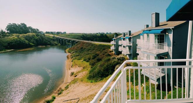 The Beach House Inn - Fort Bragg - Outdoor view