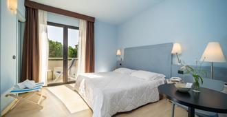 Hotel Corallo Rimini - Rimini - Bedroom