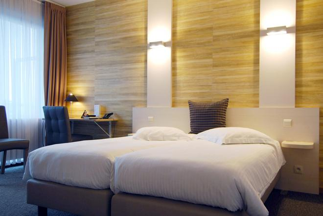 Hotel Melinda - Ostend - Bedroom