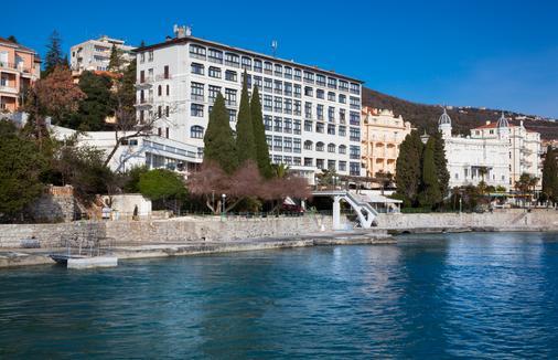 Remisens Hotel Kristal - Opatija - Outdoor view