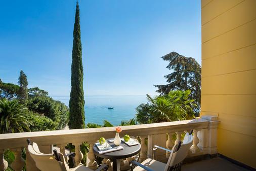 阿瑪麗亞瑞森高級別墅酒店 - 只招待成人入住 - 歐帕提雅 - 奧帕提亞 - 陽台