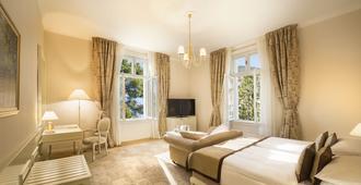 Remisens Premium Hotel Kvarner - Opatija - Quarto