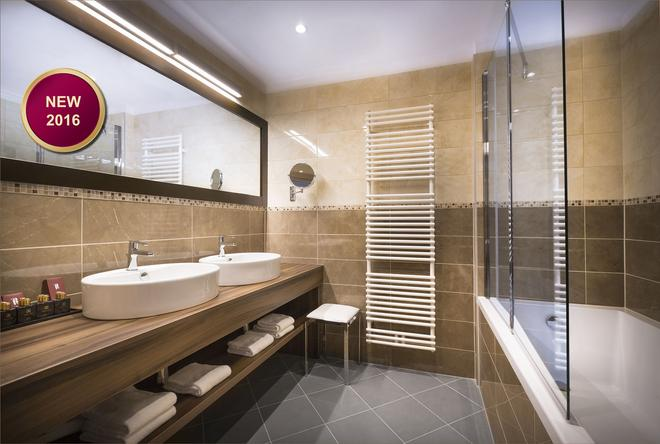 Remisens Premium Casa Rosa, Dépandance - Portorož - Bathroom