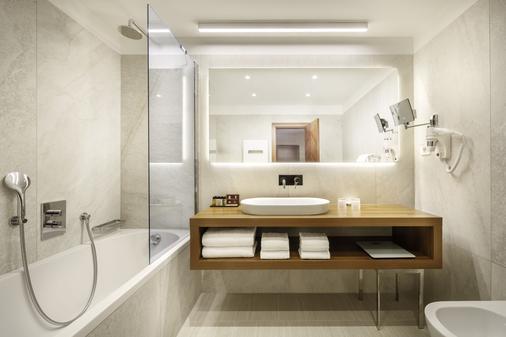 Remisens Premium Hotel Metropol - Portorož - Phòng tắm