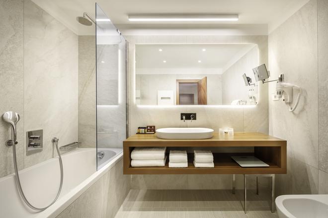 Remisens Premium Hotel Metropol - Portorož - Bathroom