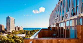 Hotel Lacroix - Honolulu - Balcón