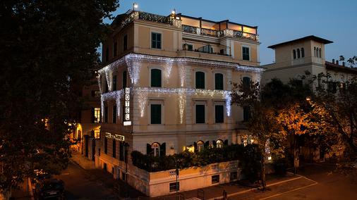 Hotel Farnese - Rome - Building
