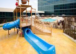 Hilton Anaheim - Anaheim - Pool