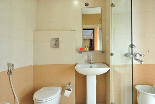 Fabhotel Majestica Inn Hitec City - 海得拉巴 - 浴室