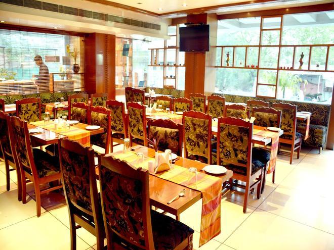Fabhotel Royal CM Bani Park - Τζαϊπούρ - Εστιατόριο