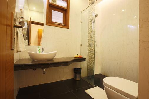 Fabhotel Grd Dlf Square - Gurgaon - Μπάνιο