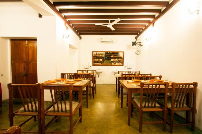 Esparan Heritage by Traditions Inn - Puducherry - Ravintola