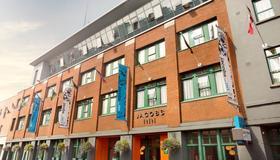 Jacobs Inn Hostel - Dublin - Building
