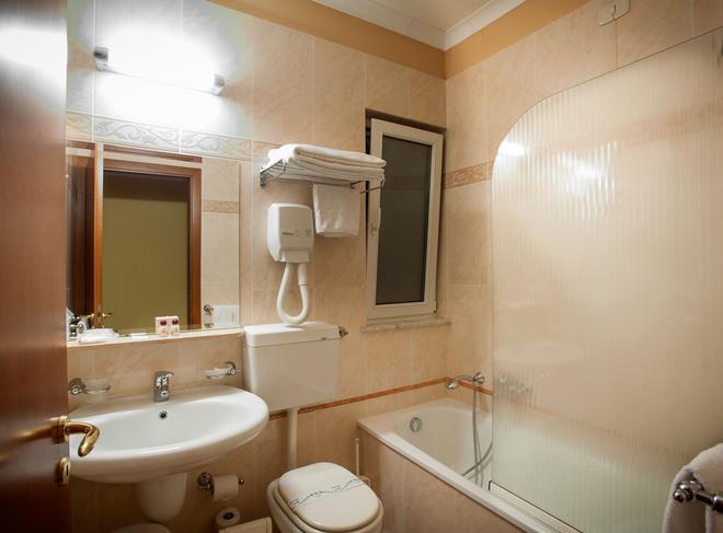 阿拉戈納公寓酒店 - 巴勒摩 - 巴勒莫 - 浴室