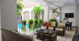 Hotel Eloisa - Puerto Vallarta - Area lounge