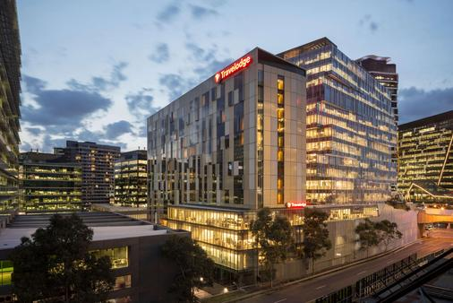 Travelodge Hotel Melbourne Docklands - Melbourne - Κτίριο