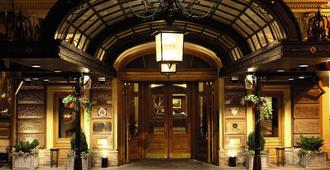 Belmond Grand Hotel Europe - Saint Petersburg - Building