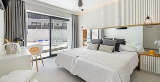 Hotel Playasol Mare Nostrum - איביזה - חדר שינה