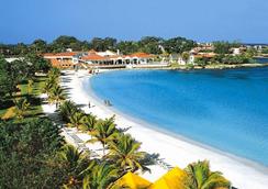 Grand Lido Negril Au Naturel Resort - Negril - Beach