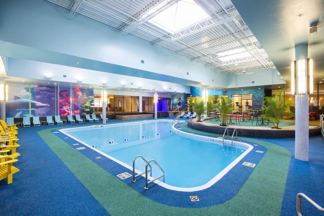 Sheraton Niagara Falls - Niagara Falls - Pool