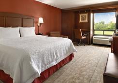 Hampton Inn Cincinnati/Kings Island - Mason - Makuuhuone