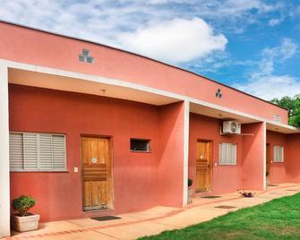 Bonito Hi Hostel Suites - Bonito - Gebäude