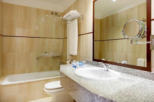 阿麗斯奧堪特拉斯酒店 - 大加那利島拉斯帕爾瑪斯 - 大加那利島拉斯帕爾馬斯 - 浴室