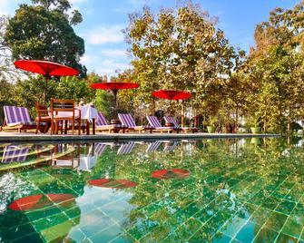 Villa Inle Boutique Resort - Nyaungshwe - Басейн