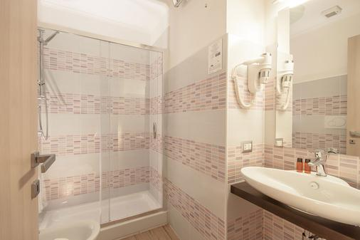 Rome King Suite - Rome - Bathroom