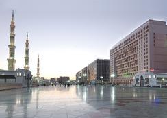 Dar Al Taqwa Hotel - Medina - Outdoor view