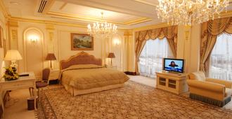 Dar Al Taqwa Hotel - מדינה