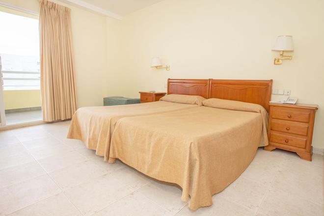 Hotel Tres Anclas - Gandia - Bedroom