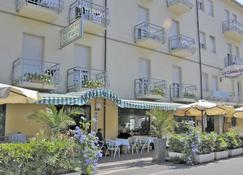 Hotel Al Faro - Cervia - Building