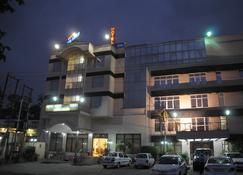 Hotel Ganga Ratan - Agra - Edifício