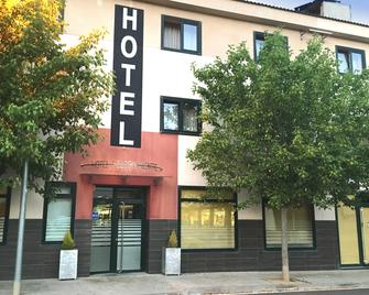 Hotel Solsona Centre - Solsona - Gebäude