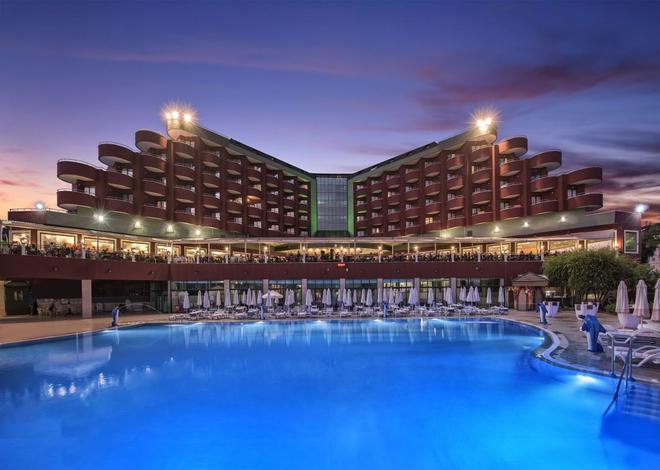 Delphin Imperial Lara - Antalya - Pool