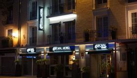 Royal Hotel Caen Centre - Caen - Building