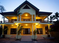 Ifa Beach Resort - Jambiani - Byggnad