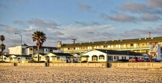 The Beach Cottages - San Diego - Building