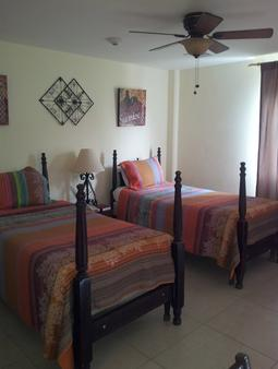 The Pasanggrahan Royal Boutique Hotel - Philipsburg - Schlafzimmer