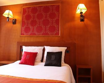 Hotel Princesse Isabelle - Puteaux - Schlafzimmer