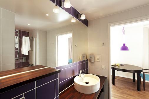Hotel Finn - Lund - Bathroom