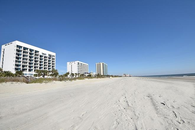 Holiday Sands North On the Boardwalk - Myrtle Beach - Beach