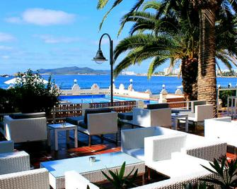 Hotel Nautico Ebeso - Ibiza - Outdoors view