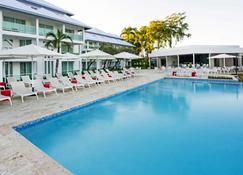 Grand Paradise Playa Dorada - Puerto Plata - Pool