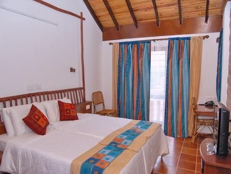 Kadambavanam Ethnic Village Resort - Madurai - Phòng ngủ