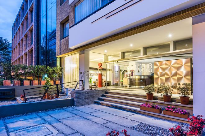 Viaggio Nueve Trez Suites - Bogotá - Building