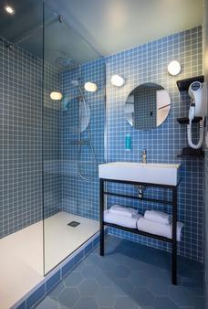 阿戈拉海伯市中心酒店 - 艾克斯萊班 - 艾克斯萊班 - 浴室