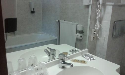 Hotel New Prince De Liege - Brussels - Bathroom
